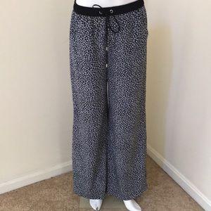 New! Michael Michael Kors Sz 2Black Combo pants